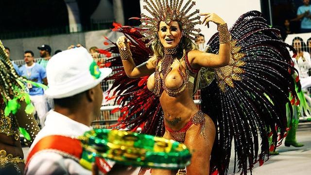 50 mulheres mais gostosas do carnaval 100