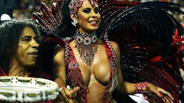 50 mulheres mais gostosas do carnaval 106