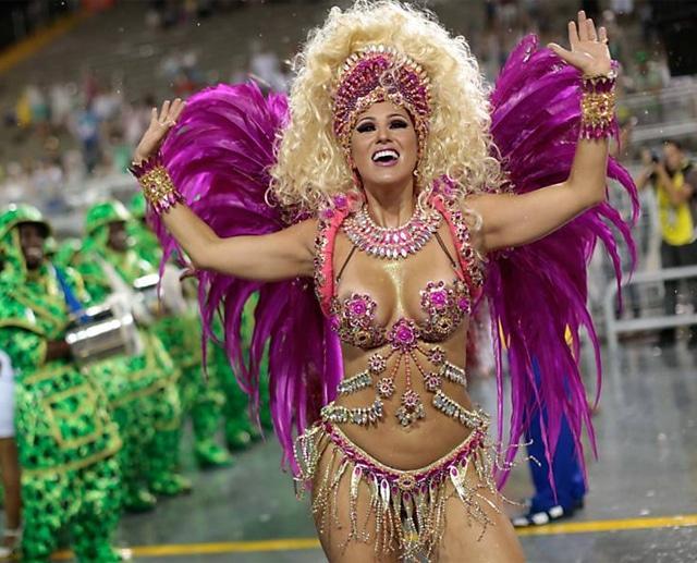 50 mulheres mais gostosas do carnaval 63